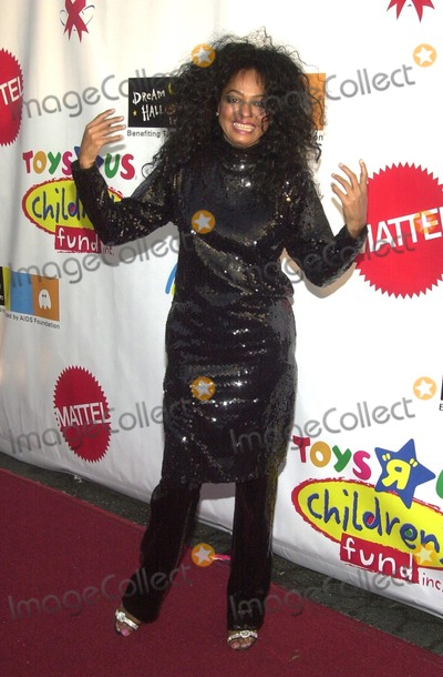 photos and pictures diana ross at the 9th annual dream halloween los angeles presented by mattel and toys r us a magical halloween wonderland to