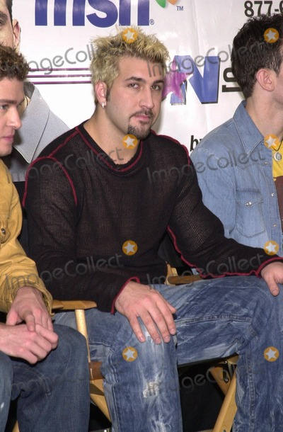 "Joey Fatone Photo -  Joey Fatone at a press conference to lend their name to the new Microsoft ""MSN Project,"" Beverly Hills, 11-28-00"