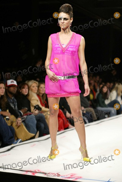 Fashion Expo Standsaur : Photos and pictures carolina bacardi at the joey t