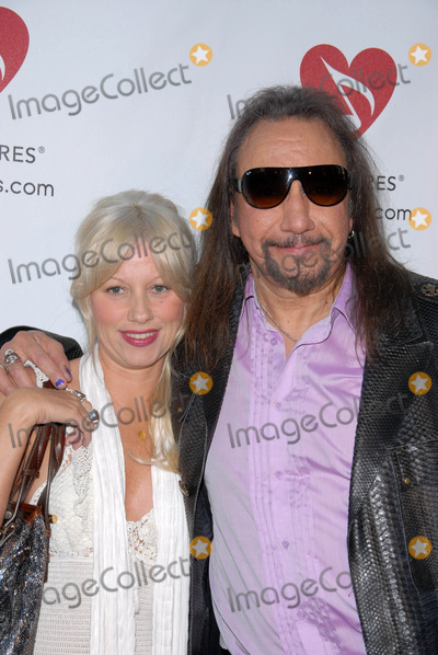 Ace Frehley Photo - Ace Frehley at the 6th Annual Musicares MAP Fund Bevefit Concert celebrating women in  recovery, Club Nokia, Los Angeles, CA. 05-07-10