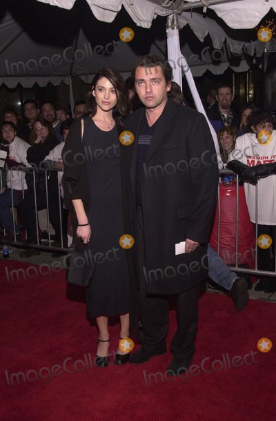 Photos and Pictures - Angus MacFadyen and date at the ...