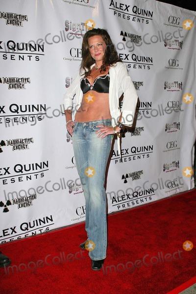 "Alex Quinn, Mo Collins, Alex A Quinn Photo - Mo Collinsat ""An Evening of Forbidden Passions"" Presented by CEG and Alex Quinn. Vanguard Hollywood, Hollywood, CA. 05-25-06"