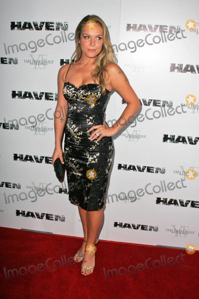 Agnes Bruckner Photo - Agnes Bruckner
