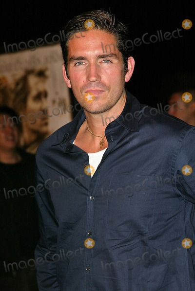 "James Caviezel Photo - James Caviezel at the world premiere of Warner Bros. ""Alexander"" at the Chinese Theater, Hollywood, CA 11-16-04"