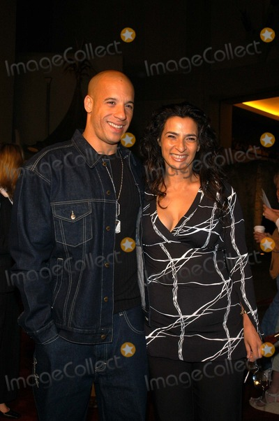 "Vin Diesel, Alice Amter Photo - Vin Diesel and Alice Amter at the premiere of ""A Man Apart"" at Mann's Chinese Theater, Hollywood, CA 04-01-03"