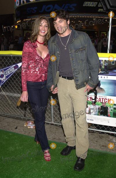 "Jason Gedrick, Tatianna Photo -  Jason Gedrick and date Tatianna at the premiere of Warner Brother's ""Summer Catch"" at Mann's Village Theater, Westwood, 08-22-01"