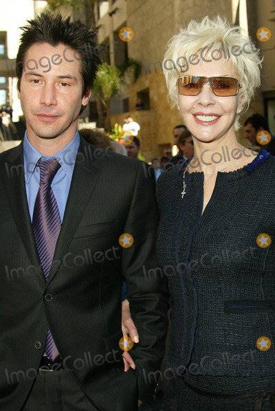 Keanu Reeves Photo - Keanu Reeves and mom at Reeves induction in the Hollywood Walk of Fame, Hollywood, CA, 01-31-05