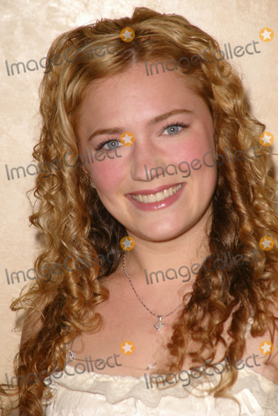 April Mullen Photo - April Mullen at the 26th Annual Young Artist Awards, Sportsmans Lodge, Studio City, CA 04-30-05