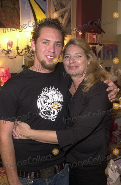 "Alex M Photo - Paul Shugerman and mom Julie Shugerman at the ""Icecubes By Alex M."" Trunk Show at ""Blancs,"" 5224 Hollywood Blvd., Los Angeles, CA 11-10-02"