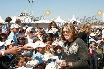 "Billy Ray, Billy Ray Cyrus, The National Photo - Billy Ray Cyrusat the National Boys and Girls Club ""Day for Kids"". Santa Monica Pier, Santa Monica, CA. 09-16-06"