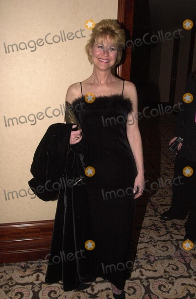 Dee Wallace Stone, Dee Wallace, Dee Wallace-Stone Photo -  Dee Wallace Stone at the 2000 Golden Laurel Awards, Beverly Hills, 03-02-00