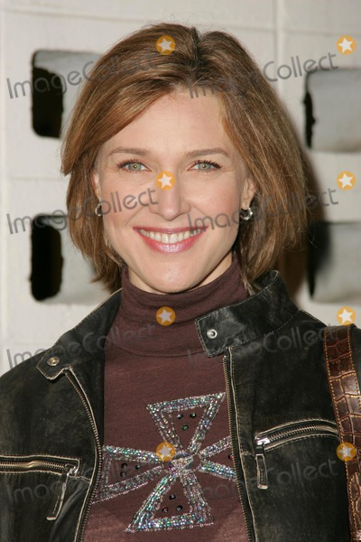 """Brenda Strong Photo - Brenda Strongat the premiere of """"Something New"""". Cinerama Dome, Hollywood, CA 01-24-06"""