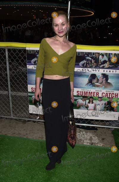 "Rachel Miner Photo -  RACHEL MINER at the premiere of Warner Brother's ""Summer Catch"" at Mann's Village Theater, Westwood, 08-22-01"