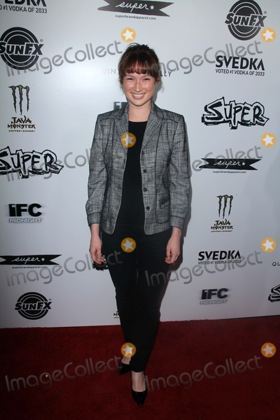 """Ellie Kemper Photo - Ellie Kemper at the """"Super"""" Los Angeles Premiere, Egyptian Theater, Hollywood, CA. 03-21-11"""