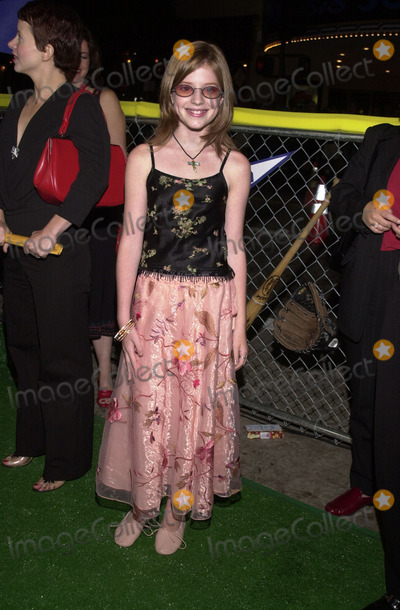 """Zena Grey Photo -  ZENA GREY at the premiere of Warner Brother's """"Summer Catch"""" at Mann's Village Theater, Westwood, 08-22-01"""