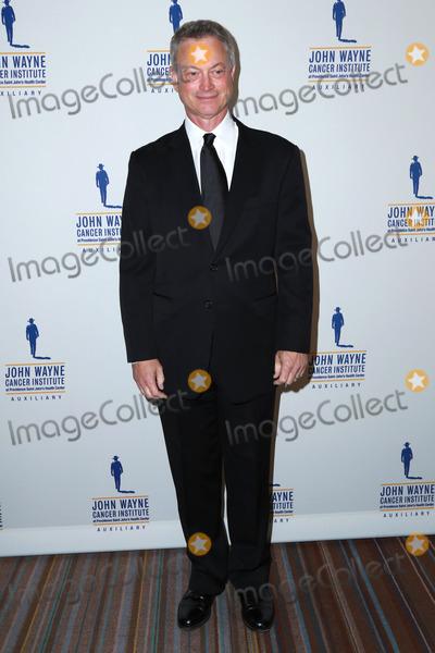 Gary Sinise, John Wayne Photo - Gary Sinise at the 30th Annual John Wayne Odyssey Ball, Beverly Wilshire Hotel, Beverly Hills, CA 04-11-15
