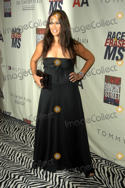 Tia Carrere Photo - Tia Carrere at the 10th Annual Race To Erase MS, Century Plaza Hotel, Century City, CA 05-09-03