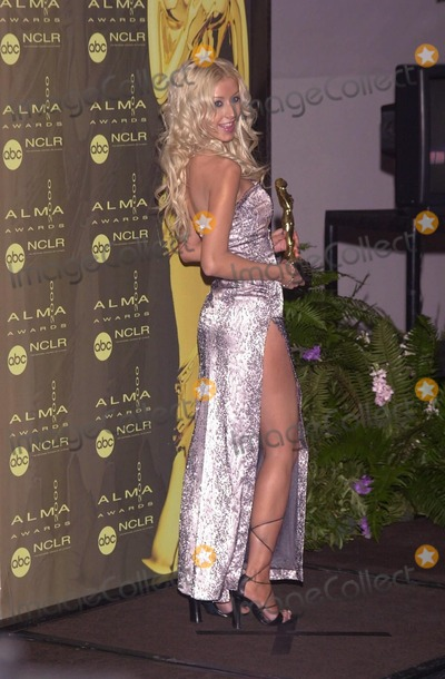 Christina Aguilera Photo -  Christina Aguilera at the 2000 Alma Awards, in Pasadena, 04-16-00