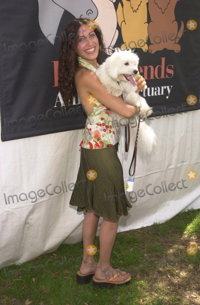 Lisa Edelstein, Johnny Carson Photo - Lisa Edelstein and Eloise at the Best Friends Animal Sanctuary Pet Adoption Festival, at Johnny Carson Park, Burbank, CA 09-14-02
