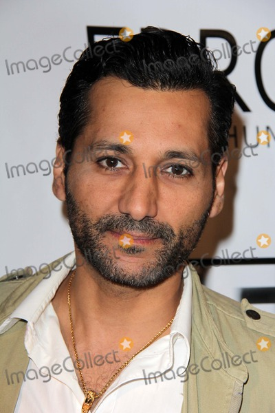 CAS ANVAR Photo - Cas Anvar