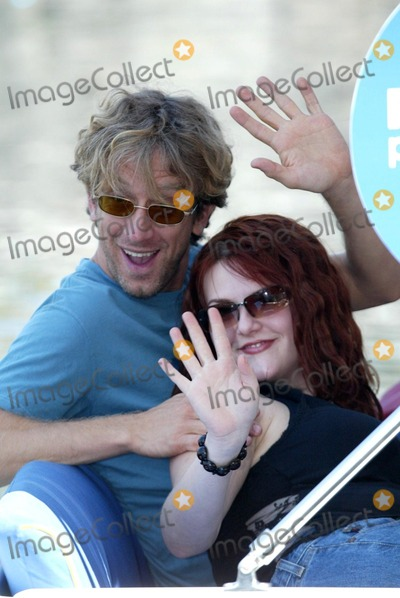 Andy Dick, Sara Rue Photo - Andy Dick and Sara Rue at the first day of the ABC Primetime Preview Weekend at Disney's California Adventure, Anaheim, CA, 08-24-02