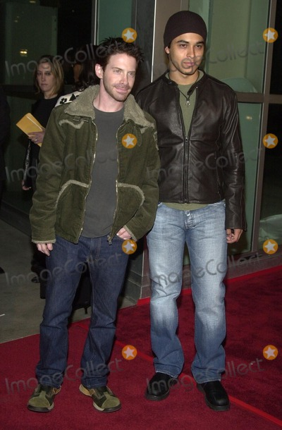 """Seth Green, Wilmer Valderrama Photo - Seth Green and Wilmer Valderrama at the premiere of the Warner Bros. film """"Welcome To Collinwood"""" at the Cinerama Dome, Hollywood, CA 09-30-02"""
