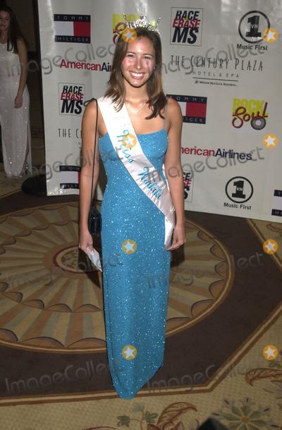 Teairra Marí Photo -  Liane Marks at the 8th annual Race to Erase MS gala, Century Plaza Hotel, Century City, 05-18-01