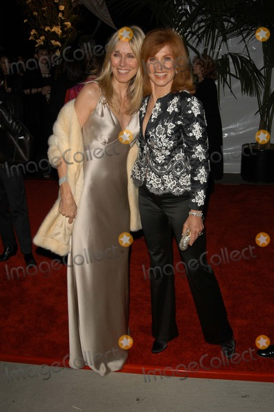 Alana Stewart, Stephanie Powers Photo - Alana Stewart and Stephanie Powers at the ABC's 50th Anniversary Celebration After-Party, Pantages Theater, Hollywood, CA 03-16-03