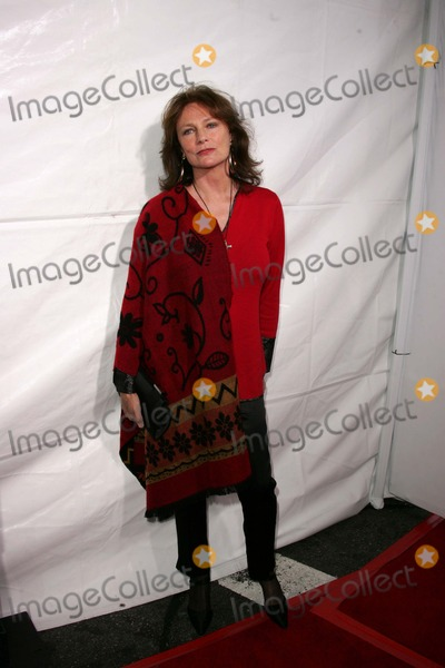 "Jacqueline Bisset, Maná Photo - Jacqueline Bisset at the ""Monster In Law"" Premiere, Mann Village Theater, Westwood, CA 04-29-05"
