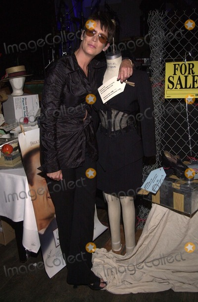 Jamie Lee Curtis, Jamie Lee, Auction Items Photo -  Jamie Lee Curtis at the Junk Of The Stars benefit, where celebs donated auction items to raise money for children with AIDS. Hollywood, 04-08-00