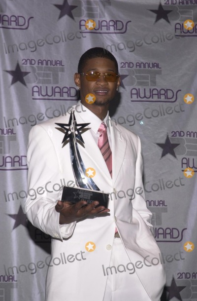 Usher Photo - Usher at the 2nd Annual BET Awards, held at the Kodak Theater, Hollywood, 06-25-02