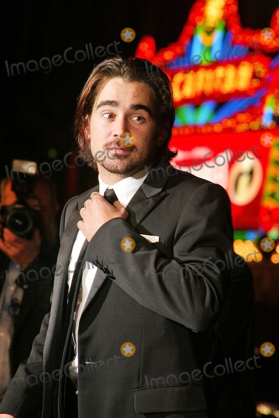 """Colin Farrell Photo - Colin Farrell at the world premiere of Warner Bros. """"Alexander"""" at the Chinese Theater, Hollywood, CA 11-16-04"""