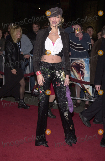 """Cameron Diaz Photo - Cameron Diaz at the premiere of Paramount's """"Vanilla Sky"""" at the Chinese Theater, Hollywood, 12-10-01"""