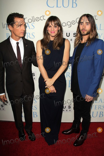 """Jared Leto, Jennifer Garner Photo - Matthew McConaughey, Jennifer Garner, Jared Leto at the """"Dallas Buyers Club"""" Los Angeles Premiere, Academy of Motion Picture Arts and Sciences, Beverly Hills, CA 10-17-13"""