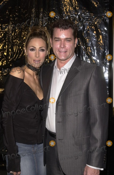 Photos And Pictures Ray Liotta And Wife Michelle Grace