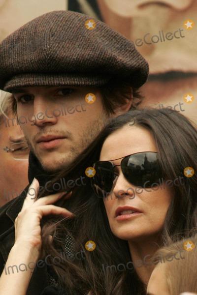 Ashton Kutcher, Bruce Willis, Demi Moore, The Ceremonies Photo - Ashton Kutcher and Demi Mooreat the Ceremony honoring Bruce Willis with the 2,321st star on the Hollywood Walk of Fame. Hollywood Boulevard, Hollywood, CA. 10-16-06