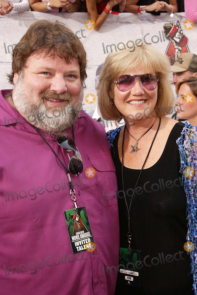 April Margera Photo - Phil and April Margera at the 2004 MTV Movie Awards, Sony Studios, Culver City, CA 06-05-04