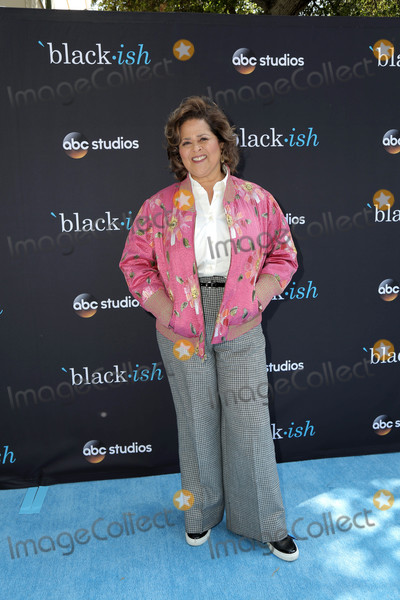"Anna  DEAVERE Smith, Anna Deavere Smith, Walt Disney, Anna Maria Perez de Taglé Photo - Anna Deavere Smith at the ""Blackish"" FYC Event, Walt Disney Studios, Burbank, CA 04-29-18"