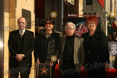 Arte Johnson, Bob Newhart, Tina Sinatra, Suzanne Pleshette, The Ceremonies Photo - Bob Newhart and Tina Sinatra with Arte Johnson and Marcia Wallace at the Ceremony Posthumously Honoring Suzanne Pleshette with a star on the Hollywood Walk of Fame. Hollywood Boulevard, Hollywood, CA. 01-31-08