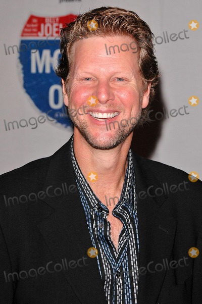 """Alan Campbell Photo - Alan Campbell at the Gala Opening for National Tour of """"Movin' Out"""" at the Pantages Theatre, Hollywood, CA. 09-17-04"""