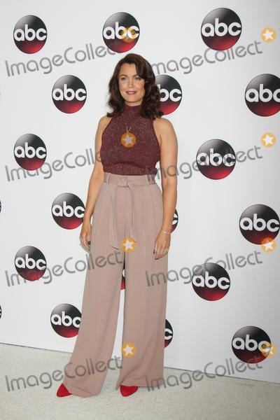 Bellamy Young Photo - Bellamy Young at the Disney ABC TV 2016 TCA Party, The Langham Huntington Hotel, Pasadena, CA 01-09-16
