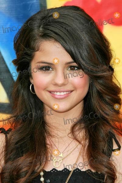 Gomez, Selena Gomez Photo - Selena Gomezat the 2007 Teen Choice Awards. Gibson Amphitheater, Universal City, CA. 08-26-07