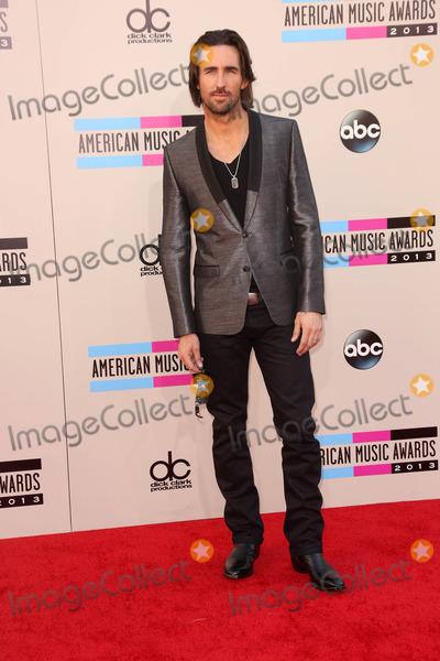 Jake Owen, Jake Owens Photo - Jake Owen at The 2013 American Music Awards - Arrivals , Nokia Theater, Los Angeles, CA 11-24-13