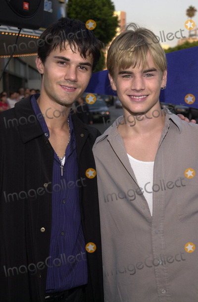 """David Gallagher, Gallagher Photo -  ADAM LABORGNA and DAVID GALLAGHER at the premiere of Warner Brother's """"Summer Catch"""" at Mann's Village Theater, Westwood, 08-22-01"""