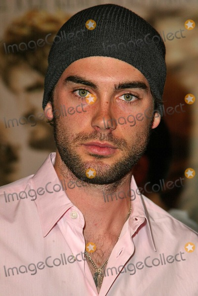 "Drew Fuller Photo - Drew Fuller at the world premiere of Warner Bros. ""Alexander"" at the Chinese Theater, Hollywood, CA 11-16-04"