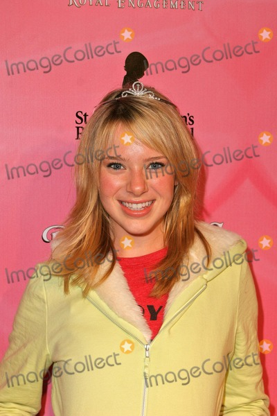 """Annie Burgstede Photo - Annie Burgstede at the """"The Princess Diaries 2"""" DVD Release Pajama Ball, Beverly Hilton Hotel, Beverly Hills, CA 12-08-04"""