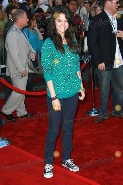 "Gomez, Selena Gomez, The Game Photo - Selena Gomezat the world premiere of ""The Game Plan"". El Capitan Theater, Hollywood, CA. 09-23-07"