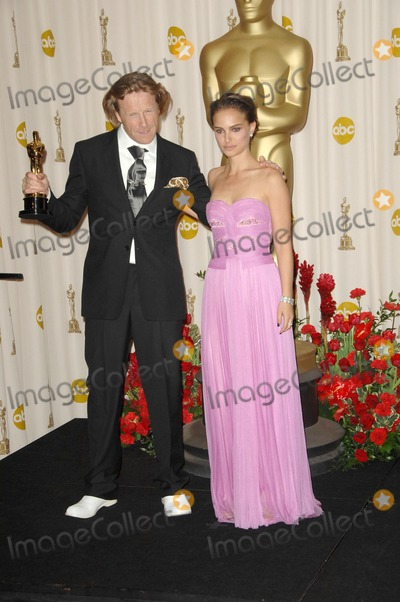 Anthony Dod Mantle, Natalie Portman, DOD MANTLE Photo - Anthony Dod Mantle and Natalie Portman in the Press Room at the 81st Annual Academy Awards. Kodak Theatre, Hollywood, CA. 02-22-09