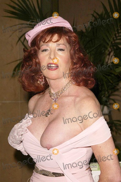 Edy Williams, Genesis, Edie Williams, The Unit, Humane Society Photo - Edy Williams has a wardrobe malfunction at the 18th Annual Genesis Awards presented by The Humane Society of the United States at the Beverly Hilton Hotel, Beverly Hills, CA. 03-20-04