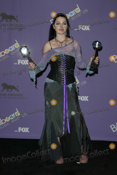 Amy Lee Photo - Amy Lee at the 2003 Billboard Music Awards, MGM Grand Arena, Las Vegas, NV 12-10-03